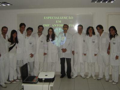 Alunos da 3ª Turma de Especialização em Implantodontia - 01